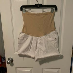 Oh Baby by Motherhood White Shorts